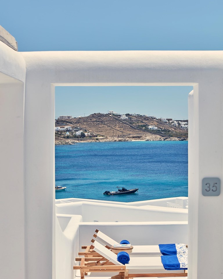 Katikies Mykonos Junior Suite Q1A0433